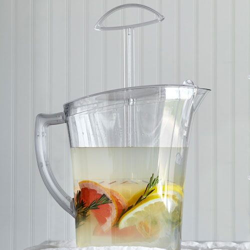 Family-Size Quick-Stir Pitcher