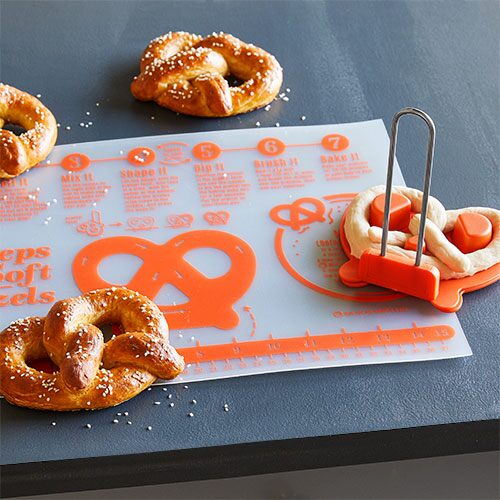 Soft Pretzel-Making Set