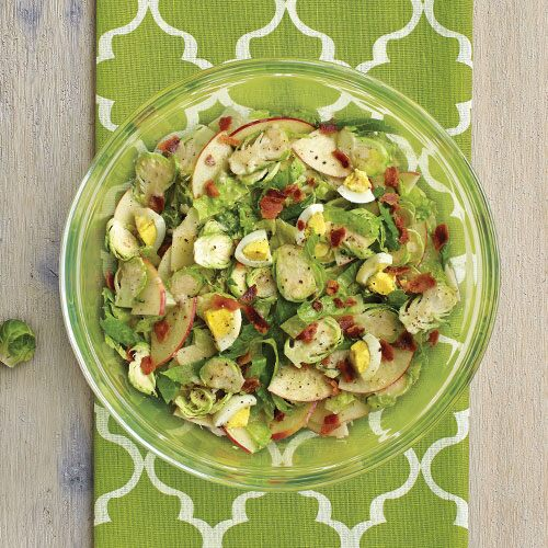 <em>Fresh &amp; Fast Main Dish Salads</em>