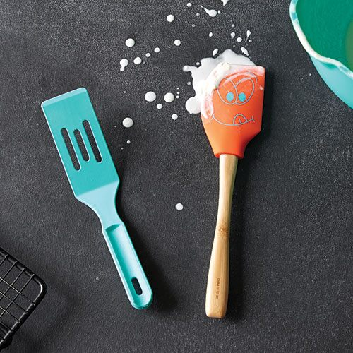 Kids 39 cookie baking set shop pampered chef canada site for Kids kitchen set canada