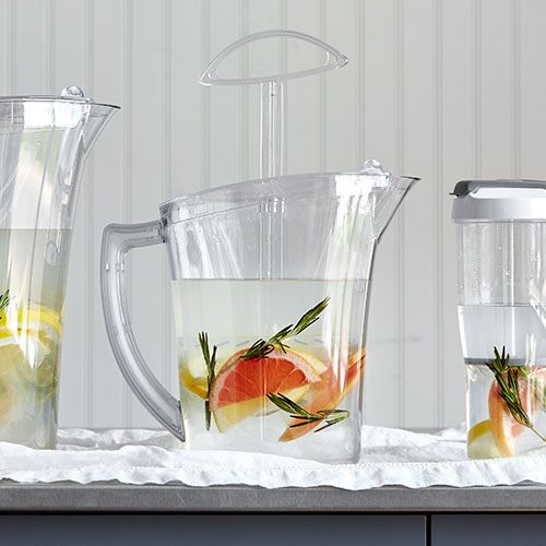 Quick-Stir Pitcher