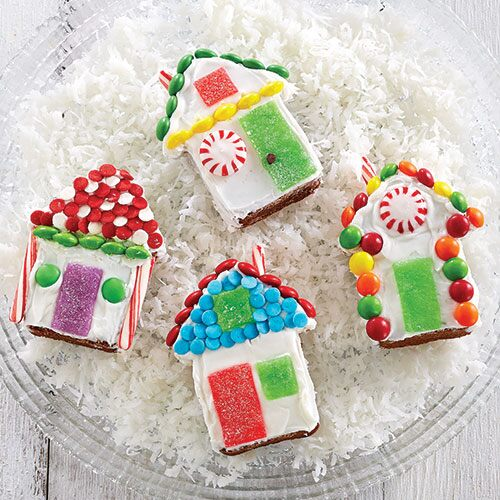 Mini Gingerbread House Cakes