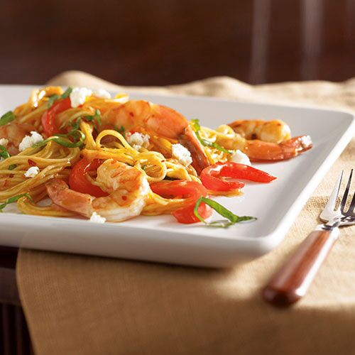 Skillet Fideos with Shrimp and Roasted Peppers