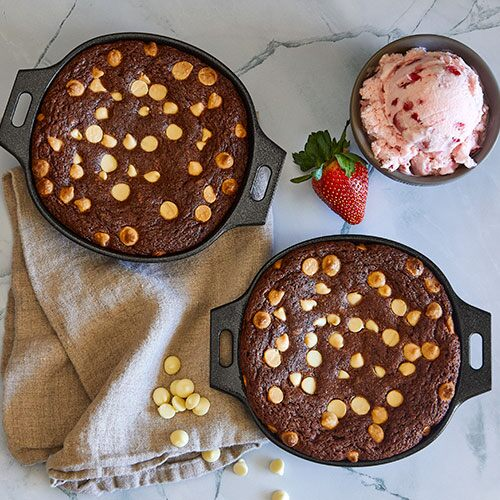 Skillet Brownies With White Chocolate Chips