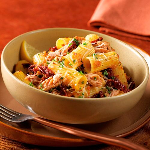Rigatoni with Tuna and Sun-Dried Tomatoes